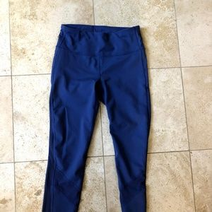 Gap Fit XS leggings with mesh sides